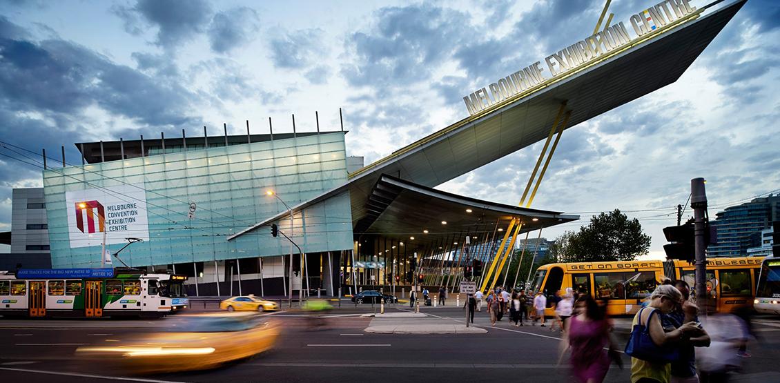 AUSPACK de volta à Melbourne, Austrália.